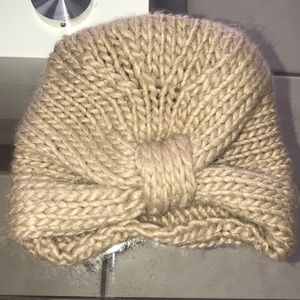 Free people knitted hat